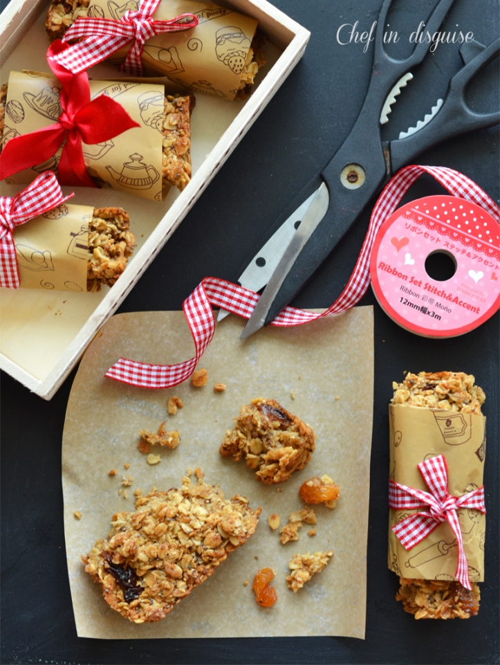 Apple raisin granola bars